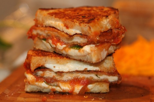 Chicken-Parm-Grilled-Cheese-6-1024x682